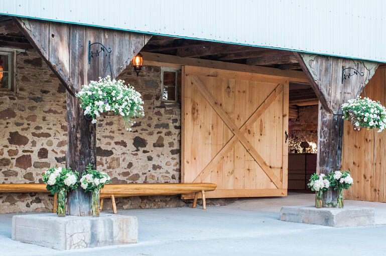 A_Breathtaking_Wedding_at_Rainbow_Valley_Wedding_Barn7.jpg